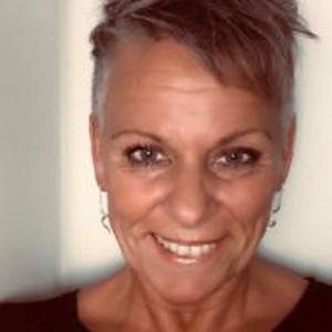 Alysa, 40 Jahre aus Basel, Schweiz