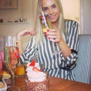 Yasna, 24 Jahre aus Linz, Österreich