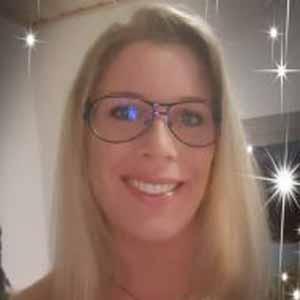 Emelie, 35 Jahre aus Bad Driburg, NW, Deutschland